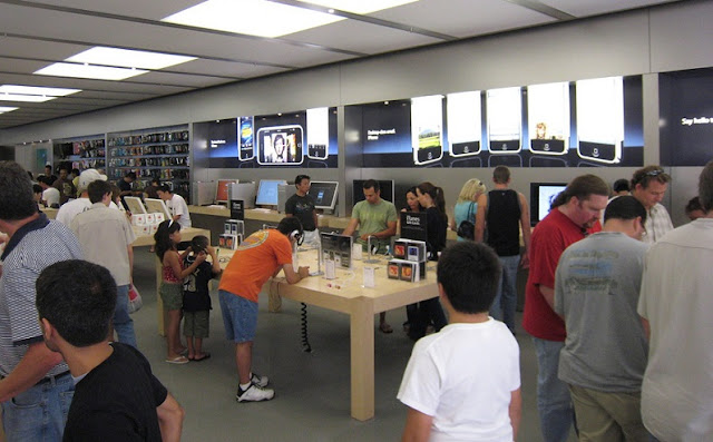 Apple Store no Fashion Valley Mall em San Diego