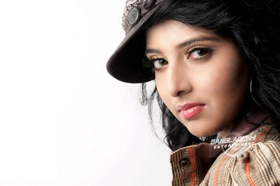 Bangladeshi singer Porshi latest HD picture & biography