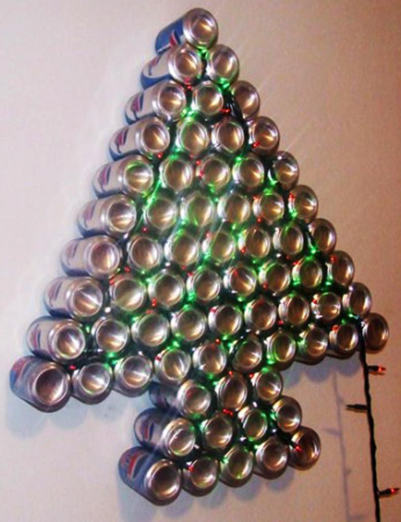 Detallelogia rboles de navidad reciclando corchos botellas - Adornos navidad reciclados para ninos ...