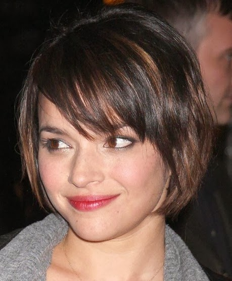 Short Layered Bob Hairstyles With Bangs: The Stylista: Trendy Fall Hairstyles