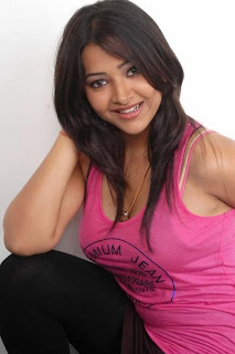 Swetha Basu Prasad Latest Photo-shoot