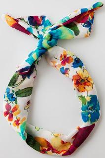 foulards motif floral