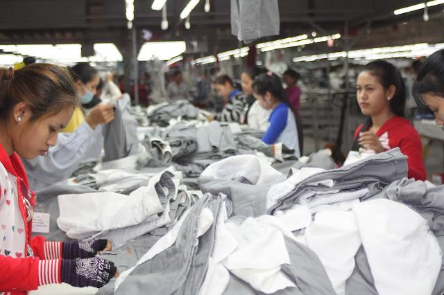 Ouvrières du textile. Photo C.Gargiulo