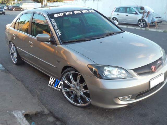 Civic com rodas aro 20""