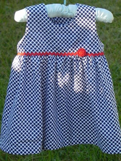 http://www.sewjereli.com/2013/04/baby-dress-free-sewing-pattern-and.html