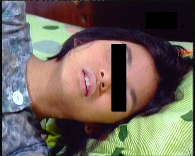 Janda Seksi Dikotori Oleh Lelaki Penjual Tikar Warga Pakistan