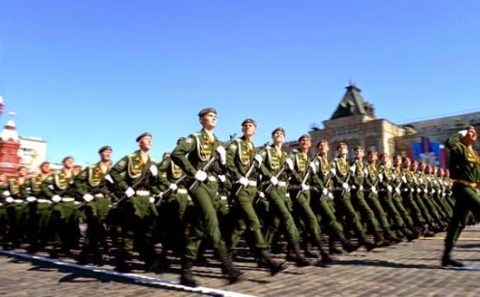 Rusia mulai unjuk kekuatan militer di wilayahnya