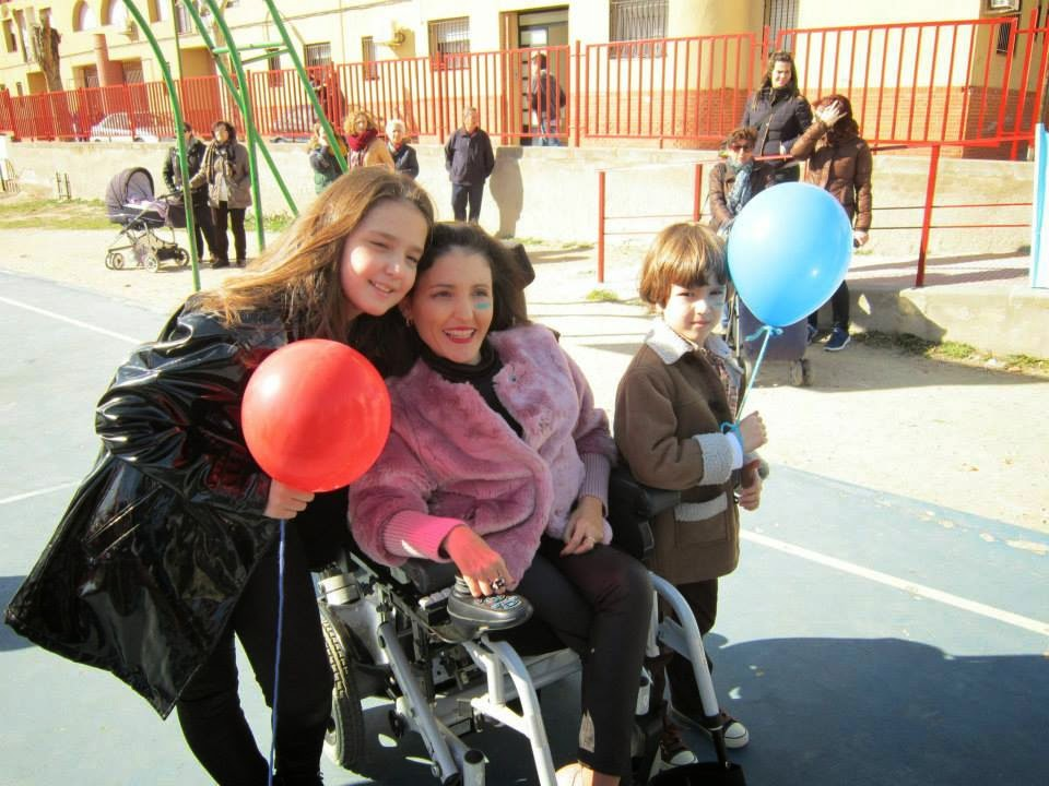 Virginia Felipe con sus hijos Sofía y Gregorio