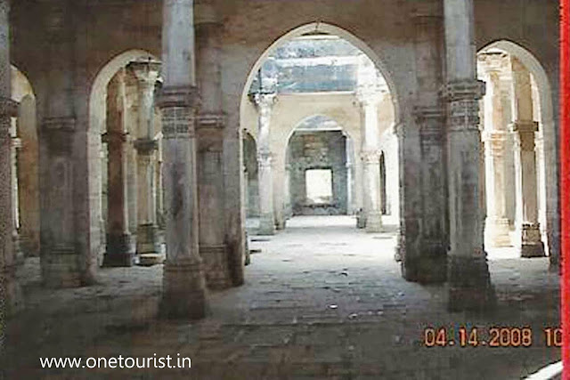 junagarh fort , buddhist caves , uperkot, gujrat