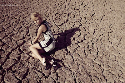 model in the desert, dry cracked lake bed, fashion and beauty photographer nyc