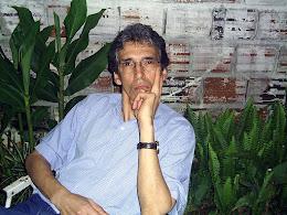 Prof. Renato