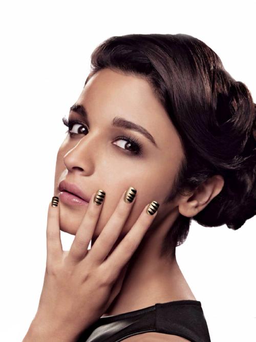 Alia Bhatt Hot HD Wallpapers For Desktop Free Download