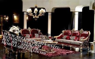 Jual mebel jepara,mebel jati jepara,sofa jati jepara furniture mebel ukir jati jepara jual sofa tamu set ukir sofa tamu klasik set sofa tamu jati jepara sofa tamu antik sofa jepara mebel jati ukiran jepara SFTM-55015 Sofa Tamu Set Classic Italian Furniture