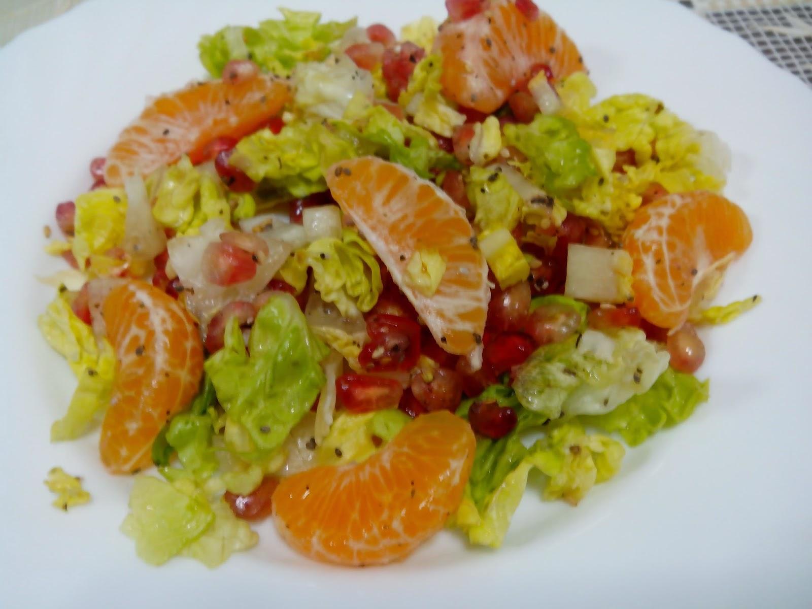 Fotografía de ensalada de mandarina y granada