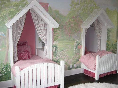 Cama en forma de casita