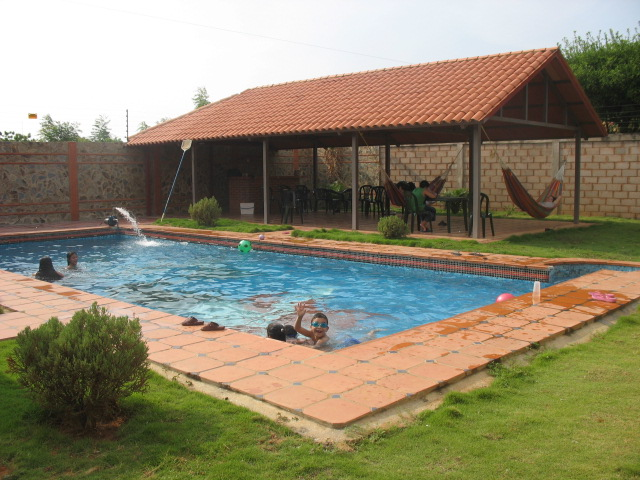 Se alquila piscina en maracaibo para fiestas for Fiesta de piscina