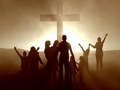 Imagen cristiana con la cruz y personas junto a ella