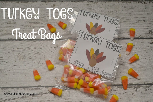 Turkey Toes Treat Bags {FREE Printable}, turkey toes printable, turkey toes, Thanksgiving treat bags, Thanksgiving treats,