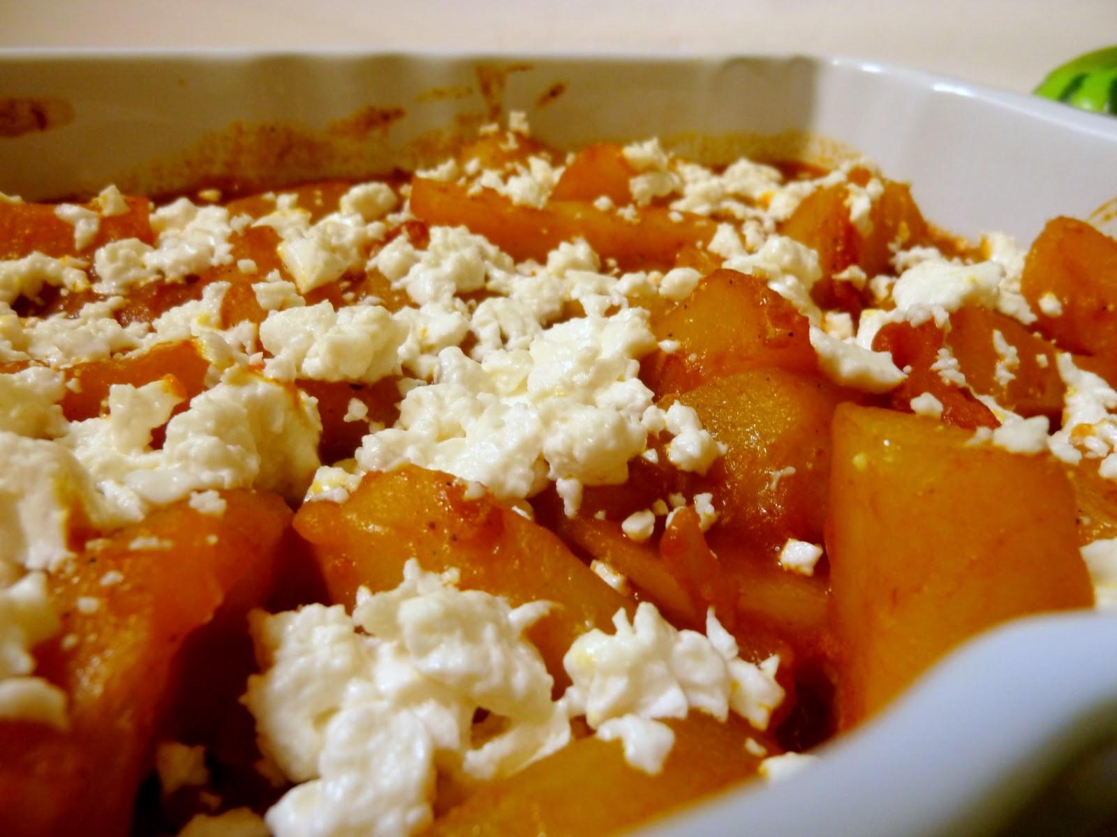 Mangiare greco cucina greca con tutte le ricette tipiche patate stufate con feta patates - A tavola con guy ricette ...