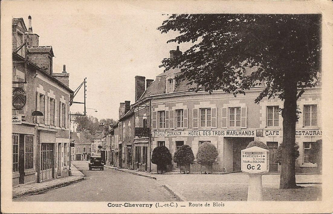Cour-Cheverny - Église & abords