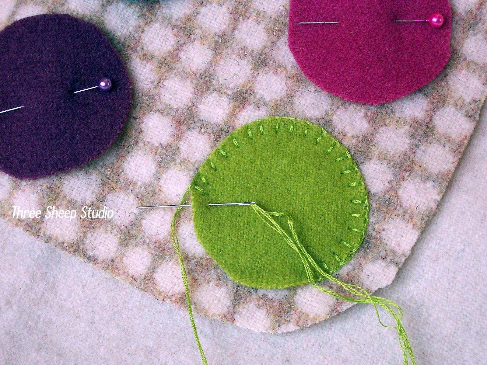 Three Sheep Studio How To Do A Beaded Blanket Stitch