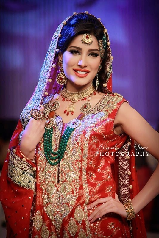mehvish hayat gorgeous bridal dresses unseen pictures