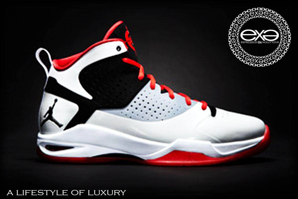 Dwade Shoes