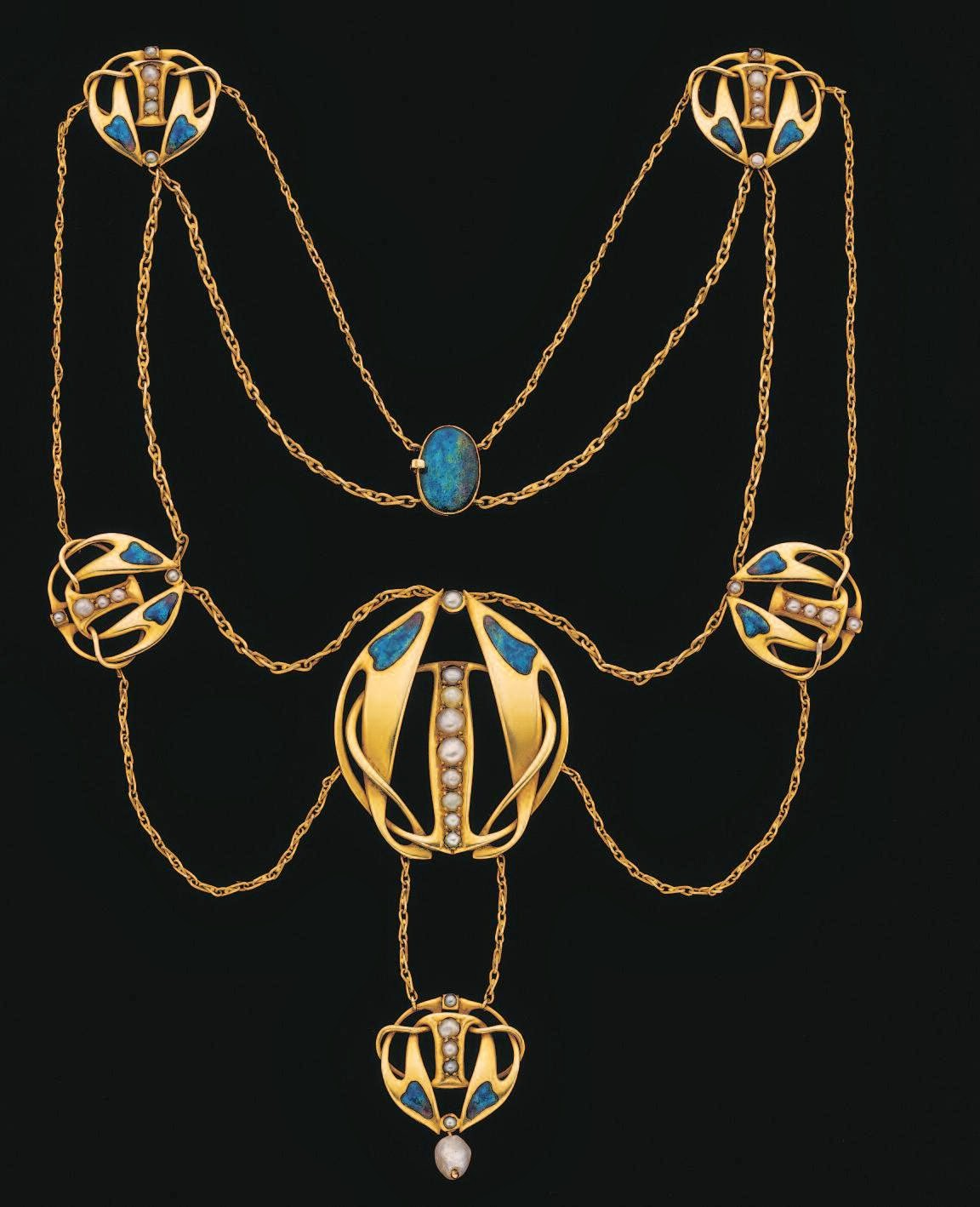 a history of jewelry