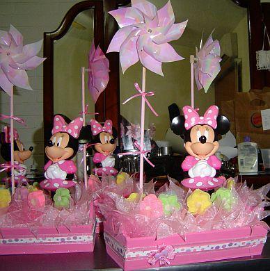 de los papeles y la imagen de Minnie Mouse, se utilizaron plumas