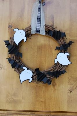 Decorazione di halloween da riciclo creativo carta e cartoncino