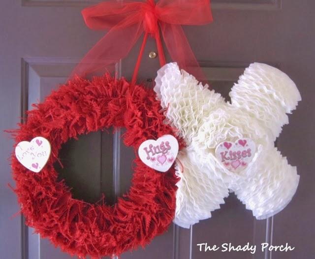 Hugs & Kisses Valentine Door Decoration