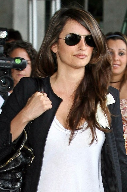 Penelope Cruz Hair, Long Hairstyle 2013, Hairstyle 2013, New Long Hairstyle 2013, Celebrity Long Romance Hairstyles 2116