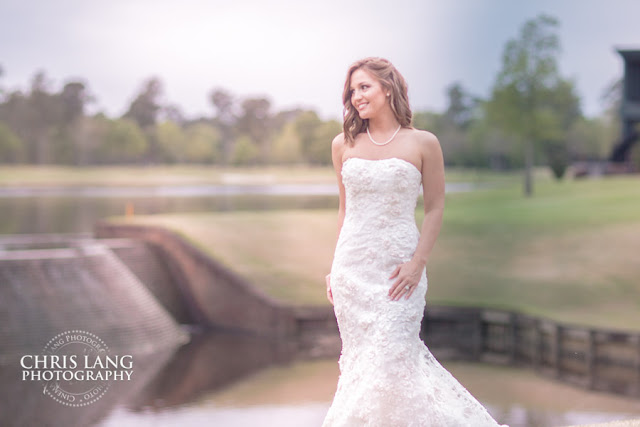 River-Landing-Wedding-Photographers-pictures-brides-wedding-dress-6
