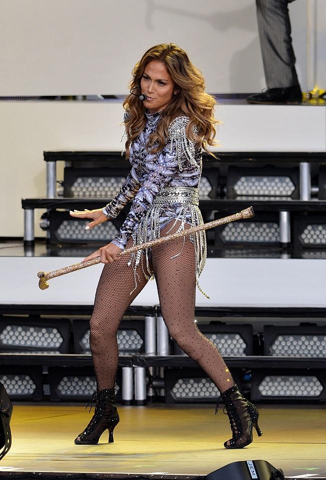 Jennifer Lopez In A High Cut Silver Leotard And Fishnet