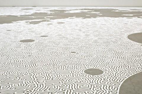 oeuvre de l'artiste japonais motoi yamamoto sculpture de sel labyrinthe de fleur de sel, galerie d'art