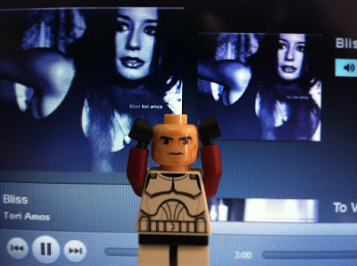 Lego man doesn't like Tori Amos