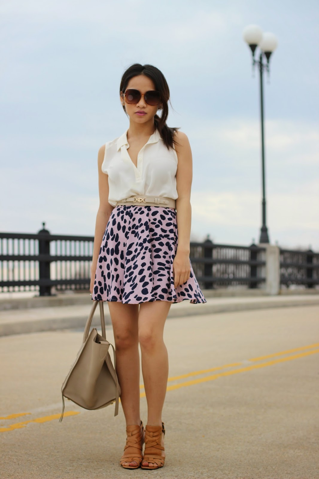 forever21 skirt, taupe celine phantom bag, melba nguyen, celine phantom bag, sole trekking