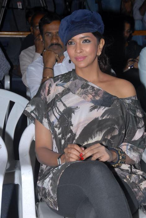 lakshmi manchu at ekaveera platinum disc event actress pics