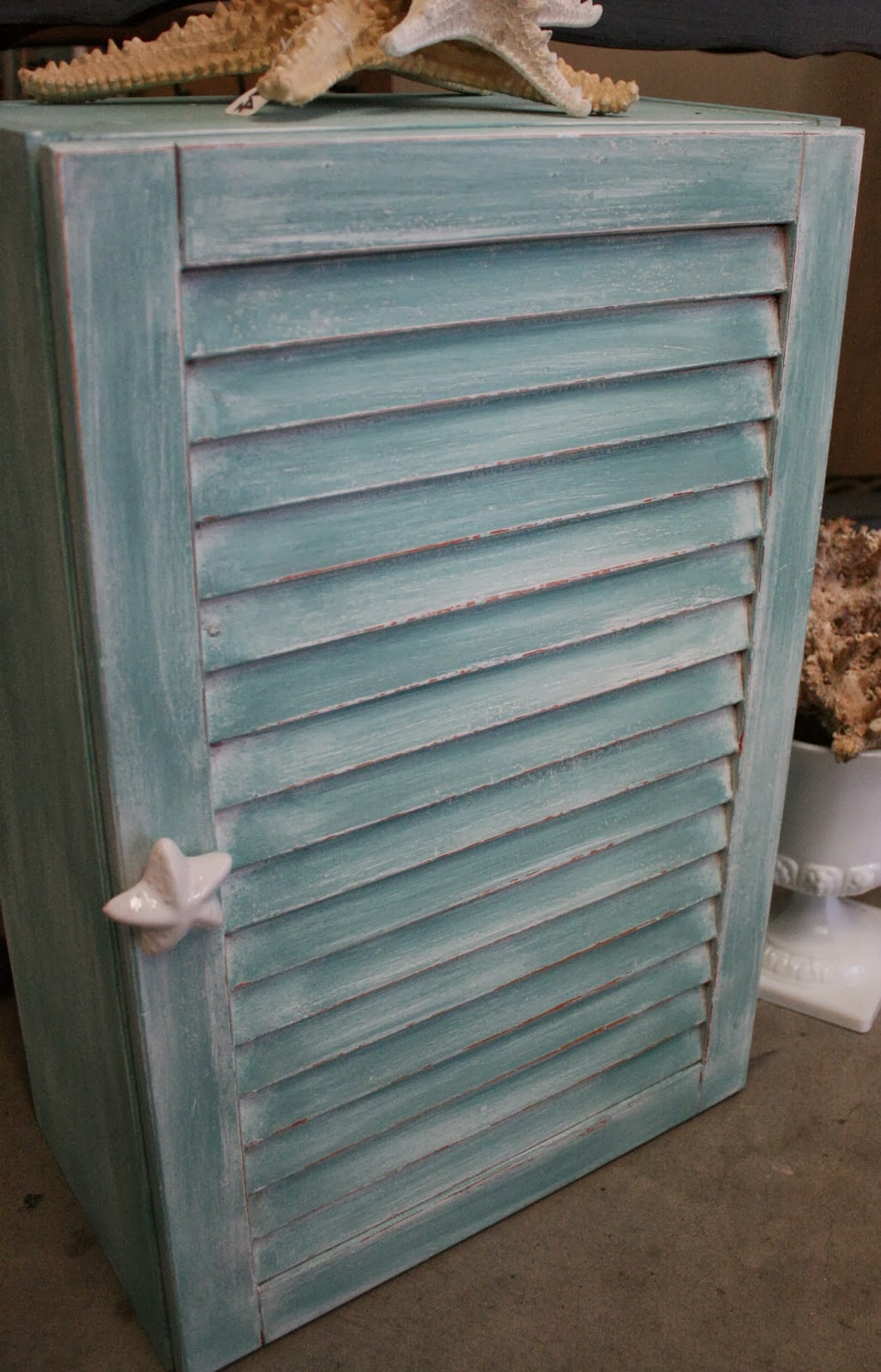 Reloved Rubbish Louvered Medicine Cabinets