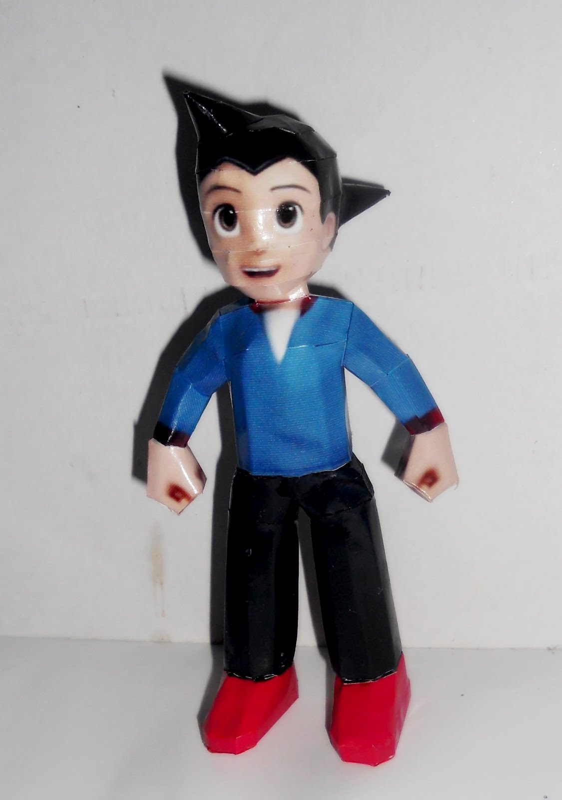 Astro Boy Toby Papercraft