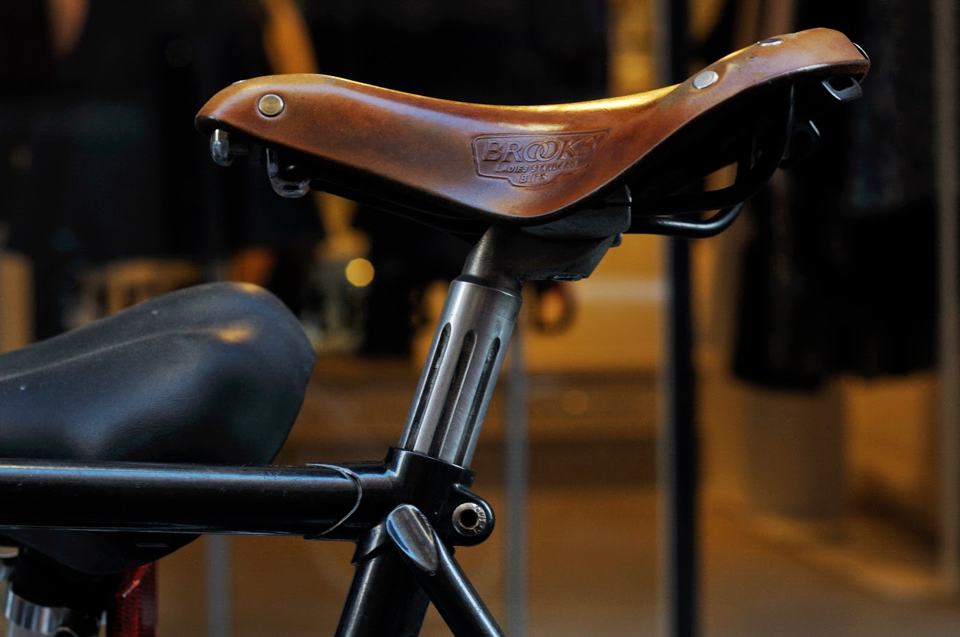 Bespoke, customisation, conversion, frame, Melbourne, Australia, tim macauley, the biketorialist, single speed, custom, flinders lane, bike, bicycle,  brooks, saddle, seat tube, leather