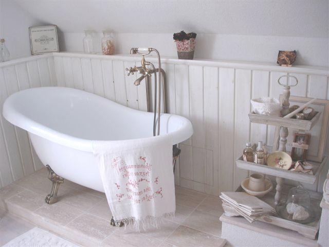 vintage badewannen and shabby on pinterest. Black Bedroom Furniture Sets. Home Design Ideas