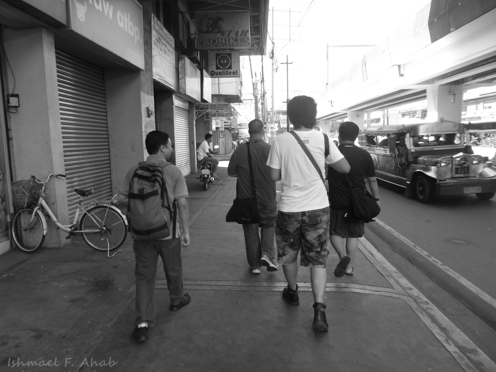 how to go to naic cavite from baclaran