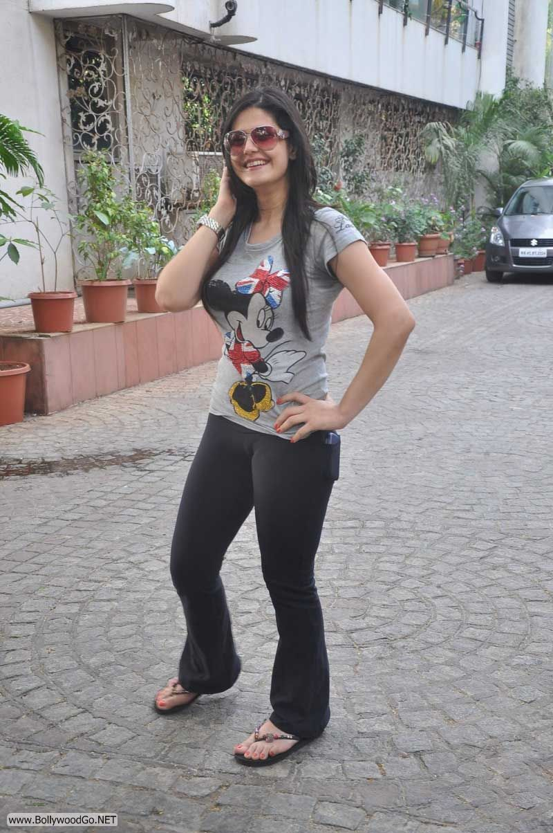 Bollywood Actress in Bikini Pics & Hot Wallpapers ... | 800 x 1204 jpeg 165kB