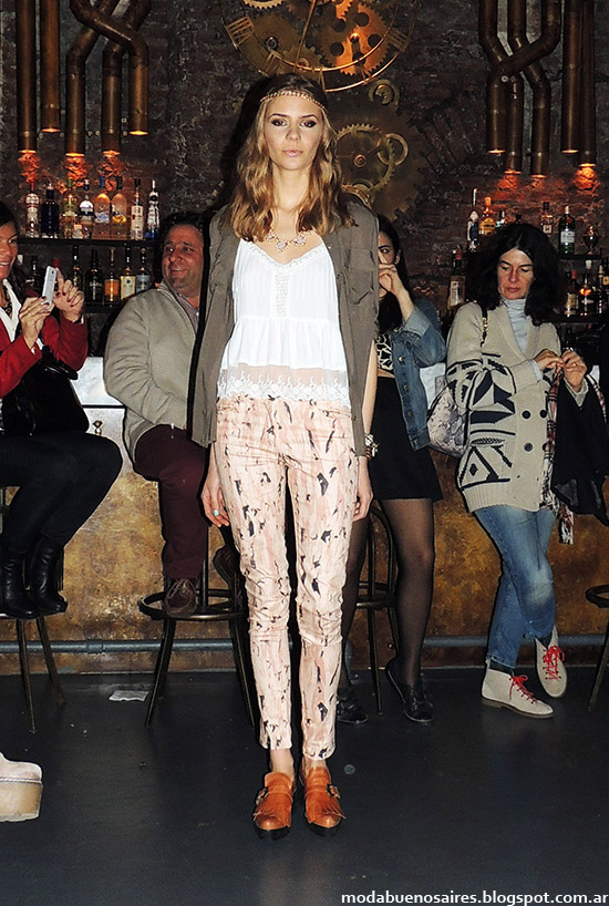 Moda primavera verano 2015, tops, pantalones y blusas de moda 2015, Inédita.