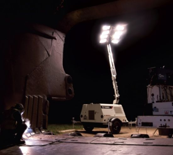 Portable Light Towers For Rent: AL WALID EQUIPMENT RENTAL L.L.C: PRODUCTS