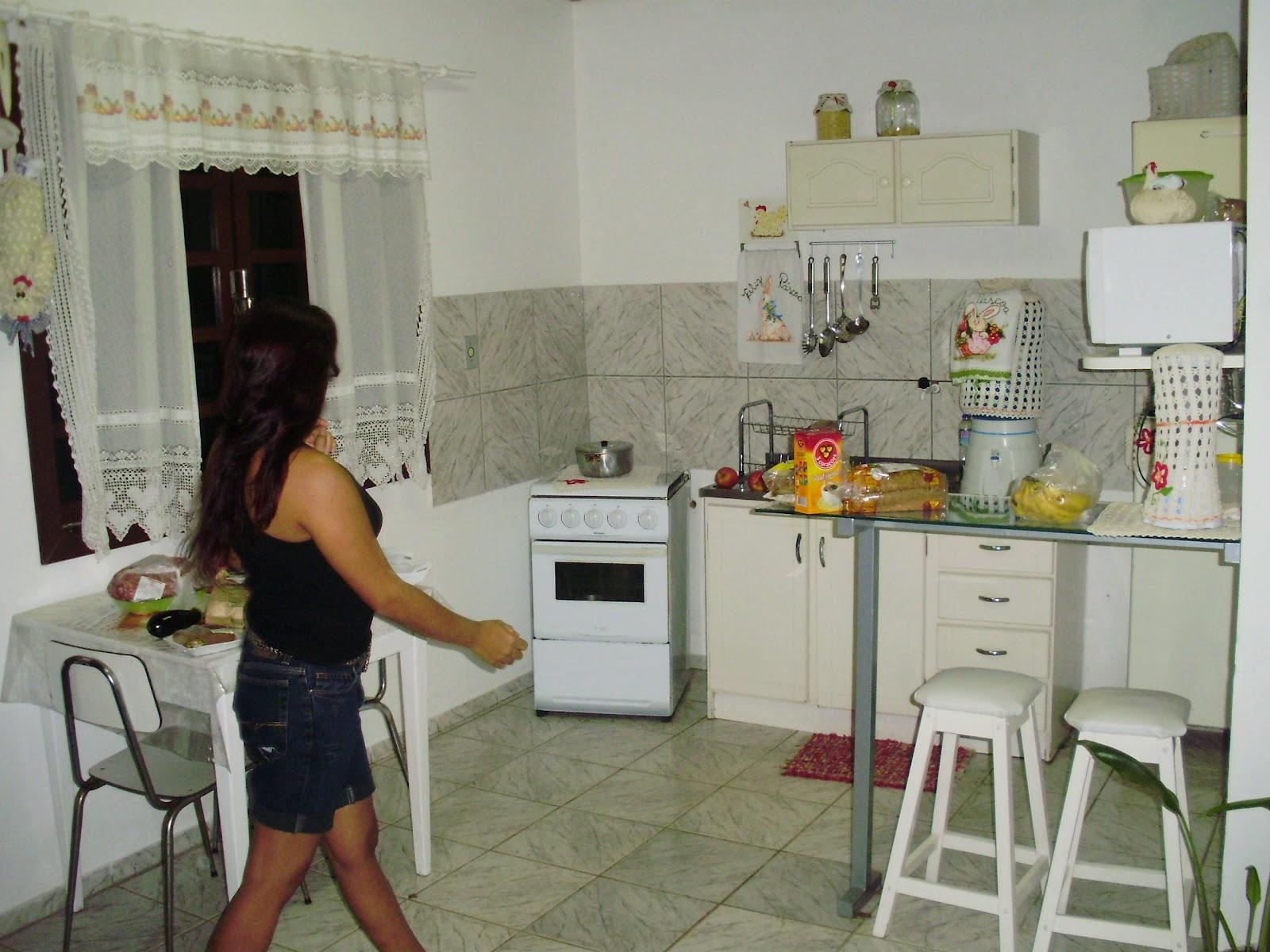 Croche e Muito Mais: Moveis revestidos com papel contact  cozinha #6C402F 1600 1200