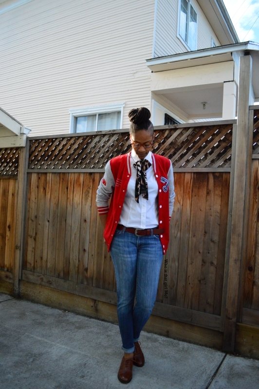 DIY oversized bowtie pose 4 {who is that girl mo?}