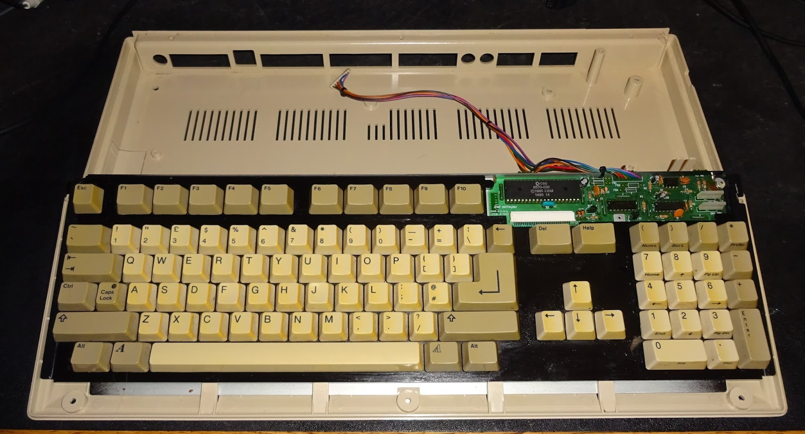 Tynemouth Software Day 12 Commodore Amiga 500 Usb Keyboard
