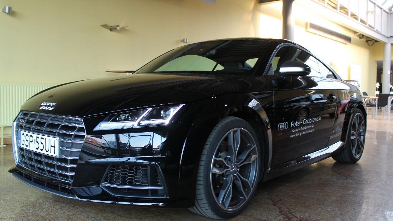 Audi TTS 8S